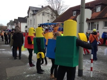 Some blockheads watching the parade.